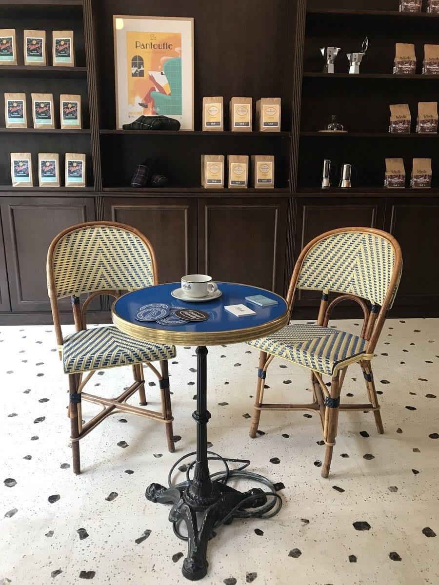 cafe bellevile - Mineral Art Concept